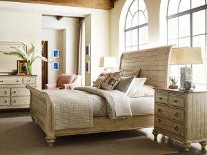 Kincaid Weatherford sleigh bed