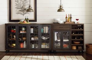 Chattanooga Dining Room Furniture for Storage Hammary
