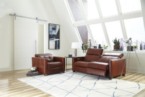 If your looking for a power reclining sofa for your Chattanooga living room, the Bergamo Sardinia by Omnia Leather is a great choice!