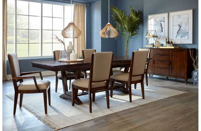 If you're digging a more traditional style for your Chattanooga dining room, try the Capris by Kincaid.