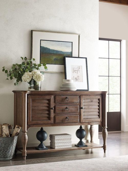 Sideboard by Kincaid for casual dining room storage.