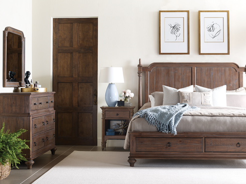 bedroom decor featuring wood colored bedroom set
