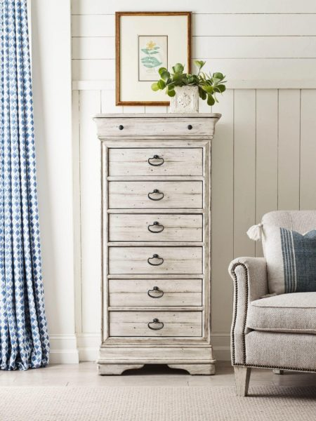 Tall standing small dresser by Kincaid.